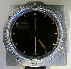 Förutom pulsklockor gör företaget även navigeringsutrustning.